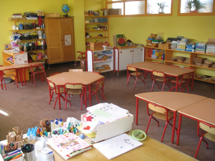 Salle de classe de l 39 cole maternelle for Decoration porte salle de classe